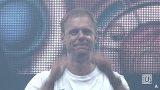 Video Armin van Buuren and crowd get emotional with RAMsterdam (Jorn van Deynhoven Remix) MP3, 3GP, MP4, WEBM, AVI, FLV Januari 2018