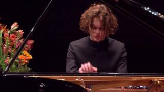 Gustav går videre til anden runde i Aarhus International Piano Competition!