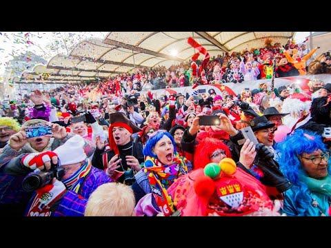Köln: Im Karneval der klirrenden Kälte trotzen