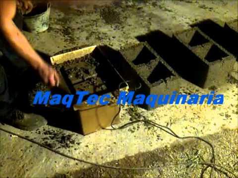 maquinaria para hacer blocks - Precio: $950 facebook: http://www.facebook.com/pages/MaqTec-Maquinaria/325347377560489 Nueva Mini maquina bloquera para fabricar bloques de hormigón. ¿ Para ...
