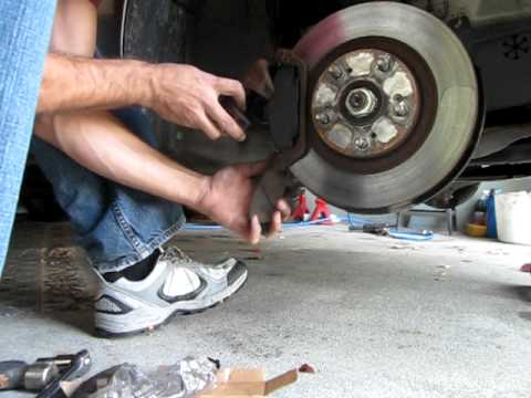 how to bleed dc2 brakes