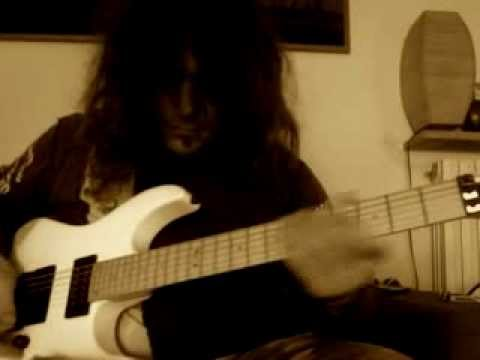 Roberto Vanni: E Minor Pentatonic with String-Skipping &Hybrid Picking