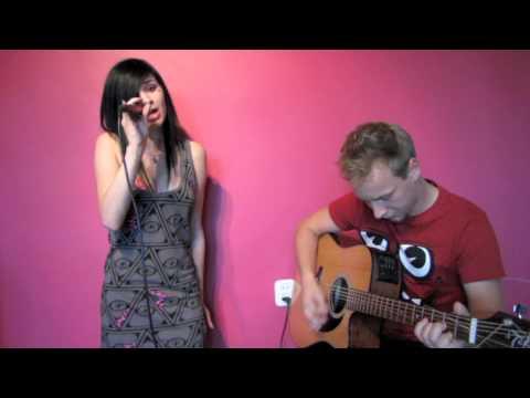 Ewelina Lisowska - E.T. (Cover) lyrics