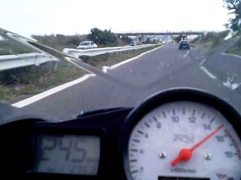 incredibile sfida - opel astra gsi vs yamaha r6