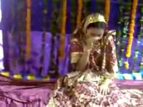 Video FUNNY VIDEO | Over Reacting Crying Bride download in MP3, 3GP, MP4, WEBM, AVI, FLV January 2017
