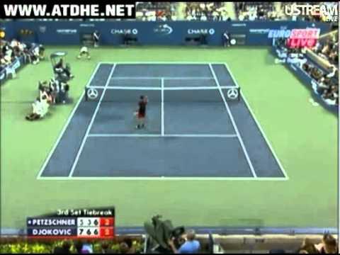 Novak Djokovic y Philipp Petzschner en el US Open 2010