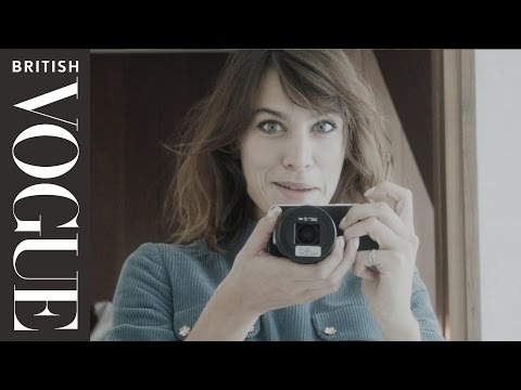 How to Survive Fashion Week with Alexa Chung | All Access Vogue | British Vogue видео