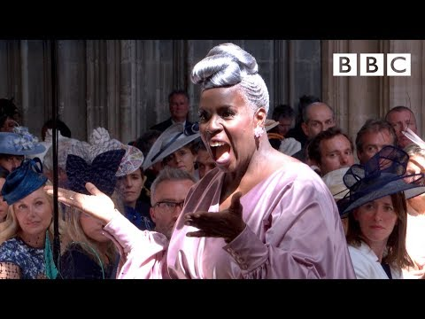 'Stand by Me' performed by Karen Gibson and The Kingdom Choir - The Royal Wedding - BBC (видео)