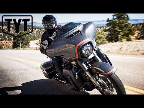 Harley-Davidson SCREWS Their Workers (видео)
