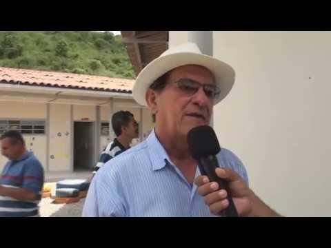 Governo inaugura escolas em Capela e Cajueiro e acesso a povoado no município de Viçosa