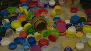 Zastanawiałeś się, co produkuje się z plastikowych nakrętek? Odpowiedź może zdziwić