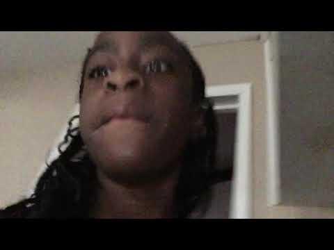 Pranking my cousin ( little sister she woke up)😂