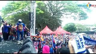 Video Napak Tilas Ultah Arema ke-31, d'Kross Bawakan Kabar Damai MP3, 3GP, MP4, WEBM, AVI, FLV September 2018