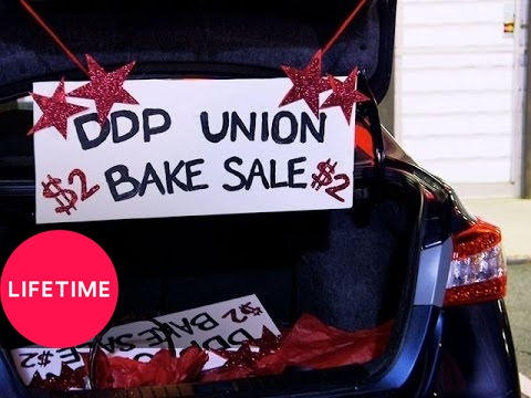 Bring It!: The Moms Hold a Secret Bake Sale (Season 1, Episode 16) | Lifetime