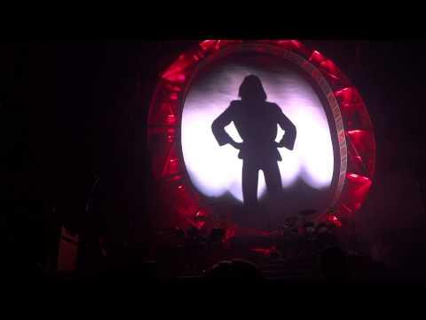 Bohemian Rhapsody – Queen & Adam Lambert – Winnipeg – June 21 2014