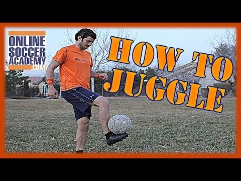 How to Juggle a Soccer Ball Shown By A Experienced Trainer