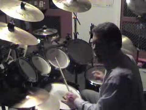 Bonham - Just some triplets between the bass and tom or snare. Inspired by John Bonham. Enjoy. RVP.