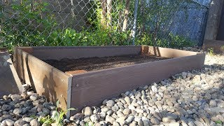 Garden in ground or build raised garden beds? Is one choice always the best option? Today we weight the pros and cons of both options to find out when each is the best solution. Follow me on Instagram! https://www.instagram.com/frugalgreengirl  Feel free to embed and link these videos on your blog or website, when you do please credit frugalGreenGirl. Thank You.