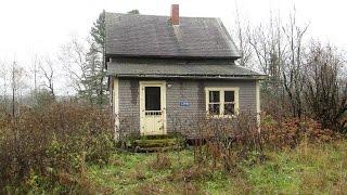 9. Urban exploration: Abandoned homes and car