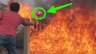 Video Saat Terjadi Kebakaran!! Pria ini Melempar Bola Ajaib.. Detik Berikutnya, Terjadilah..... MP3, 3GP, MP4, WEBM, AVI, FLV September 2017