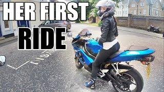 10. Girl Rides my Kawasaki Ninja ZX6R   Girls FIRST TIME on a SportBike