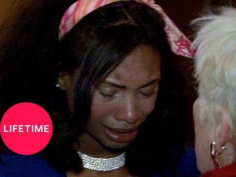 Kim of Queens: Tough Love for Alexis (S1, E4) | Lifetime