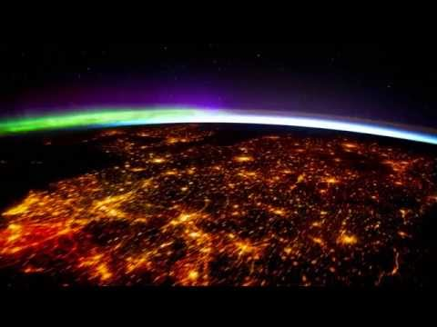 The Earth and Milky Way in Colors You've Never Seen Before in This Beautiful ISS Timelapse Video