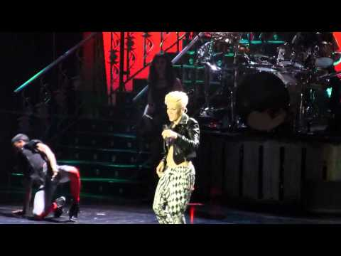 Pink The Truth About Love Tour Frankfurt Most Girls / There You Go / You Make Me Sick