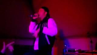 Clementino ft DJ Uncino Freestyle Live - APERTURA CONCERTO PHAROAHE MONCH Napoli