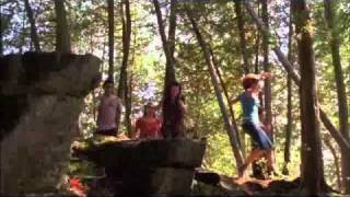 Demi Lovato videoclip Brand New Day (From Camp Rock 2)