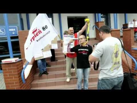 """18 lipca protestowali związkowcy z """"Sierpnia 80"""" i przedstawiciele Polskiej Partii Pracy"""