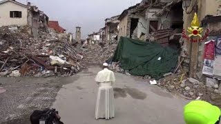 Zone Italy  City pictures : Pope Francis makes surprise visit to Italy quake zone