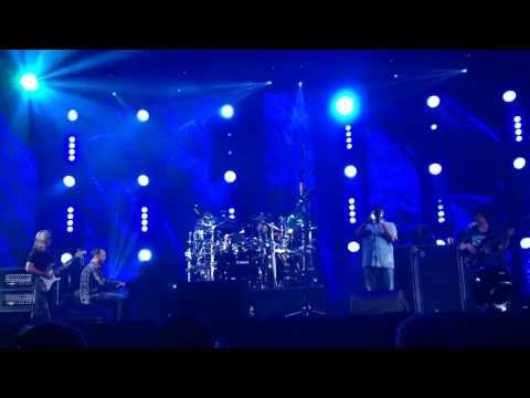 Dave Matthews Band With Hugh Masekela - Grazing In The Grass (Live in Jo'burg 3 December 2013)
