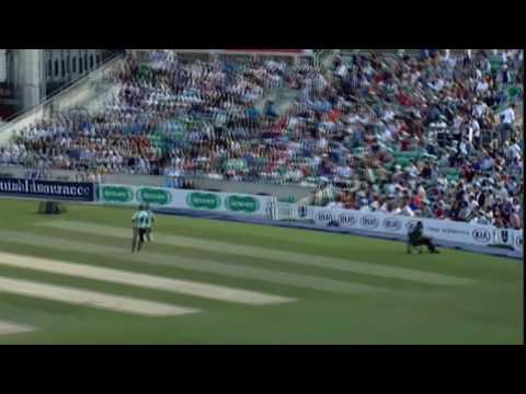 Aravinda de Silva 107 (not out) vs AUS - 1996 World Cup Final