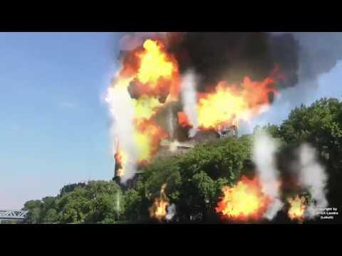 Oberhausener Gasometer explodiert