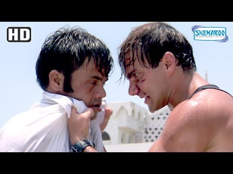 Video Rajpal Yadav & Sohail Khan fights at Dargah - Action scene from Maine Dil Tujhko Diya - Eid Special download in MP3, 3GP, MP4, WEBM, AVI, FLV January 2017