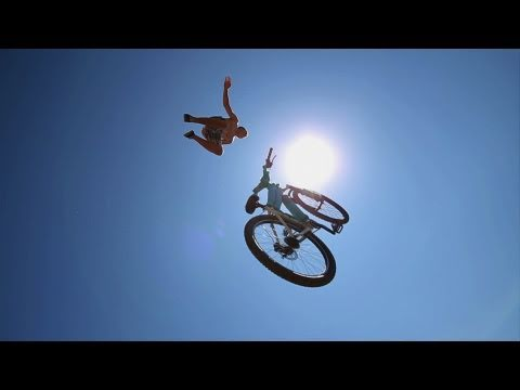 Huge Bike Jump into a Pond 3...