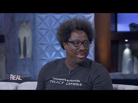 The Time W. Kamau Bell Was Racially Profiled (видео)