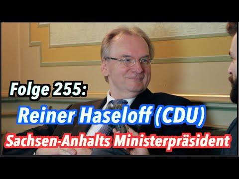 Sachsen-Anhalts Ministerpräsident Reiner Haseloff (CD ...