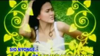 MEGGHI DIAZTAWA - TERLANJUR SAYANG ( LAGU AMBON ) Video
