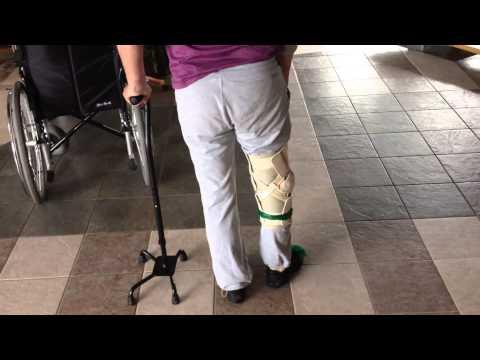 Реабилитолог Юрий Жидченко. Ходьба после инсульта. Трость после инсульта. Домашняя реабилитация.