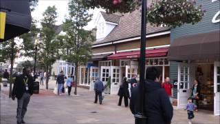 Bicester United Kingdom  city photos gallery : Bicester Shopping UK Buzzing with People