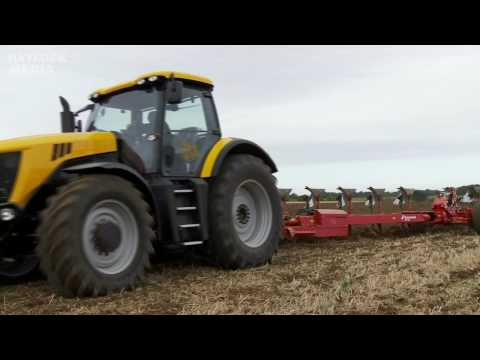 tractor - Working demonstration of Farm Machinery held at Power in Action in Suffolk, UK. See more of this on our 'Machines at Work' DVD Volume 2, At the event over 25...