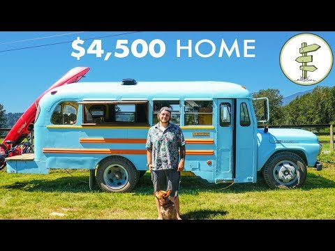 Young Man Builds Stunning School Bus Tiny House for Only $4,500 - Debt Free Mobile Home (видео)