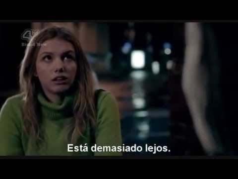 Skins - Parte 4 : http://www.youtube.com/watch?v=6r50wuAVHg4.
