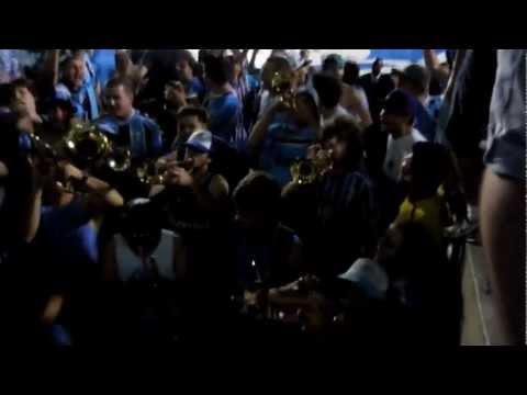 HD Gremio x Millonarios  Geral do Grêmio Entrada da banda  E DALE DALE GRÊMIO - Geral do Grêmio - Grêmio