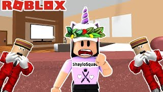 TRAPPED IN A CREEPY HOTEL!!! WE MUST ESCAPE THE HOTEL OBBY!!- Roblox