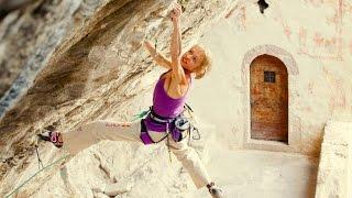 Angela Eiter Climbs Zauberfee in Italy