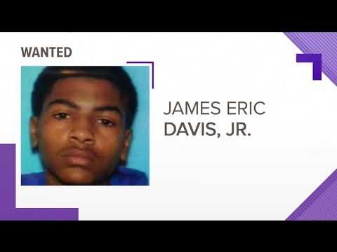 Police: College student kills parents in dorm