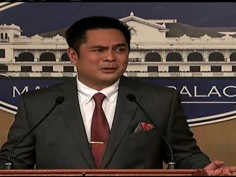 Andanar loses cool over questions about $1k bribe claim (видео)